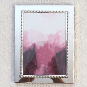 5/$30 Mirrored 5 x 7 Picture Frame